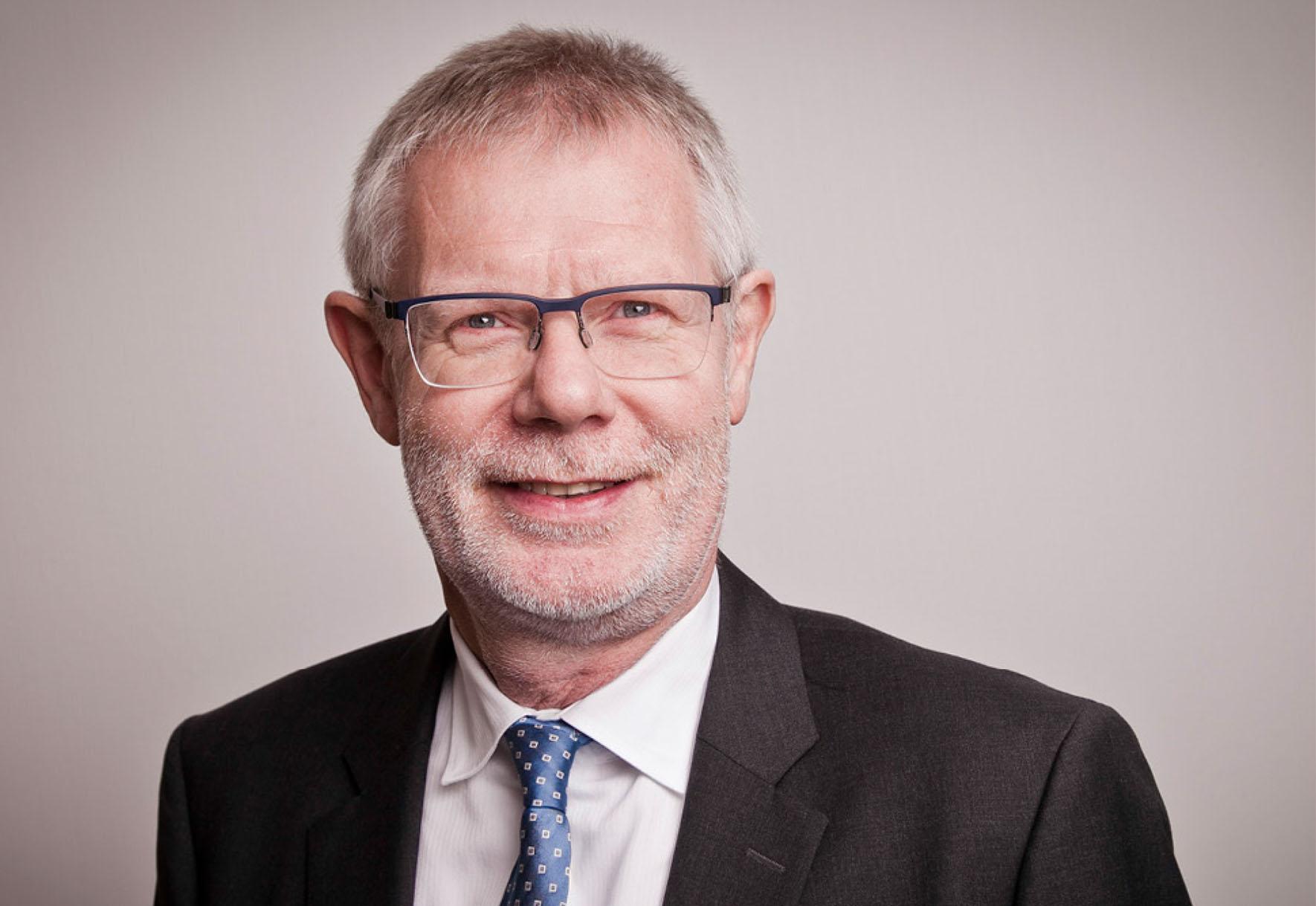 Dr. jur. Ulrich Hartmann